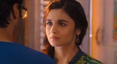 2 states movie HD wallpaper of Alia Bhatt for big screen Smartphone's