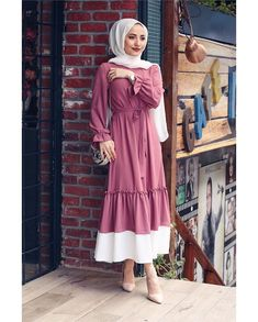 Dubai Fashion, Abaya Fashion, Muslim Fashion, Runway Fashion, Womens Fashion, Fashion Trends, Fashion Fashion, African Fashion Dresses, Fashion Outfits