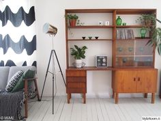 Olohuone - Sisustuskuvia jäseneltä MiiMii - StyleRoom Interior Inspiration, Modern Farmhouse, Bookcase, Sweet Home, Teak, Shelves, House Design, Living Room, Interior Design