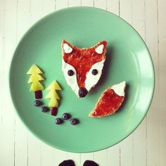 the jelly fox with blueberry nose and other amazing food art