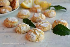 Biscotti al limone,morbidi,profumati deliziosi e freschi