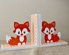 Use these cute baby fox bookends to complement your woodland nursery and childs room decor. An adorable gift for baby showers and as birthday gift as well. Encourage your child to arrange their books back after reading with these wooden baby fox book holders. These bookends are made