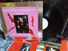Arkham Asylum Noize Mekaniks -Glaufx Garland & Eleni von Mondlicht Arkham Asylum, Project 3, Garland, Artwork, Work Of Art, Auguste Rodin Artwork, Artworks, Garlands, Floral Crowns