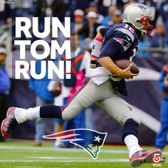 #Patriots QB Tom Brady helped the team with his arm... and his legs in the 1st half!