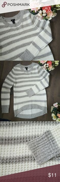 White and grey sweater Never worn white and grey striped sweater Rue21 Sweaters Crew & Scoop Necks