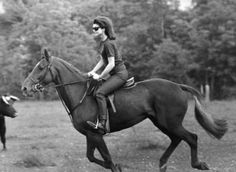 EQUESTRIAN CHIC | Mark D. Sikes: Chic People, Glamorous Places, Stylish Things