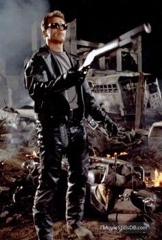 T2 3-D: Battle Across Time - Publicity still of Arnold Schwarzenegger