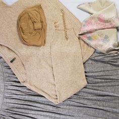 El turbante oncológico Cresida es muy sencillo y práctico, sus líneas minimalistas te permiten combinarlo con cualquier conjunto.