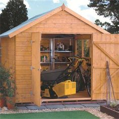 As the largest in the range, you might expect the 12ft x 8ft Premier shed to be impressively large with copious specifications, and you wouldn't be disappointed.
