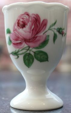 Maria Theresia Hutschenreuther LORENZ Pink Colourway Egg Cup,