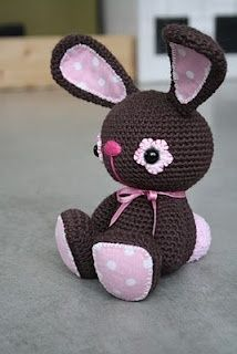 black bunny - cutest crochet animals on this blog.