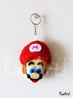 Mario 1 Confeccionado a mano con fieltro y relleno sintético.