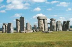 Stonehenge in southern England may have been built by herders, not farmers, suggests a new analysis of crop remains from the last several millennia. Credit: Guenter Wieschendahl/Wikimedia Commons