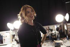 Avon Celeb Makeup Artist Lauren Andersen backstage during #NYFW! #AvonMakeup