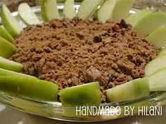 Handmade by Hilani: Cream Cheese, Brown Sugar, Caramel, and Toffee Bars. THE Apple Dip Appetizer Recipes, Snack Recipes, Dessert Recipes, Cooking Recipes, Snacks, Party Appetizers, Cooking Stuff, Party Recipes, Fruit Recipes