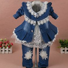 Girls clothes for children Set baby girl clothes 3 pieces suit coat denim pants autumn spring kids toddler cowboy clothes Baby Kleidung Set, Fashion Kids, Spring Outfits, Kids Outfits, Baby Dress Design, Cowboy Outfits, Denim Coat, Denim Pants, Little Baby Girl