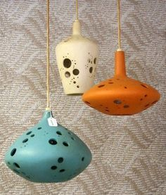 Hanging lamps ~ kind of remind me of the Flintstones :)