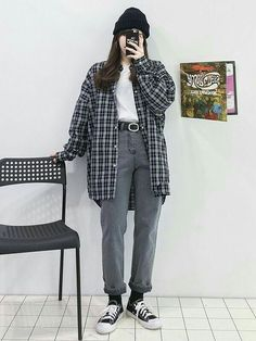 Korean Street Fashion, Korean Girl Fashion, Korean Fashion Trends, Ulzzang Fashion, Korea Fashion, Tomboy Fashion, Asian Fashion, Style Fashion, Edgy Outfits