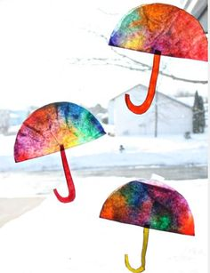Coffee Filter Umbrella Craft from Sunny with a Cha. - Coffee Filter Umbrella Craft from Sunny with a Cha. Rainy Day Crafts, Rainy Day Activities, Spring Activities, Art Activities, Toddler Activities, Preschool Weather, Preschool Crafts, Crafts For Kids, April Preschool