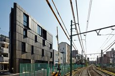 木下昌大建築設計事務所(KINO architects/キノアーキテクツ)は、建築家木下昌大が主宰する一級建築士事務所です。「最適化する建築」をコンセプトに住宅・マンション・オフィス・ショールーム・病院等の設計を行っています。