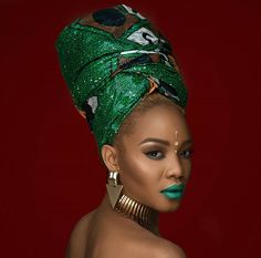 In the headwraps became a central accessory of Black Power's rebellious uniform. Headwrap, like the Afro, challenged accepting a style once used to shame African-Americans. Black Women Art, Beautiful Black Women, African Beauty, African Women, African Makeup, Skin Girl, Hair Scarf Styles, African Head Wraps, African Fashion Ankara