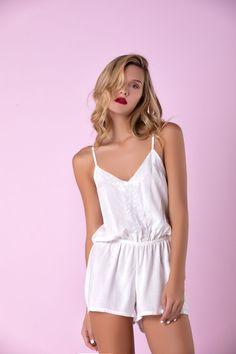 efadcf3338 Enterizo clasic marfil REF CL07. Pajama