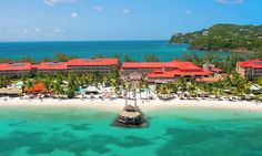 Sandals resort on Castries Street in Lucia All Inclusive 12 restaurants, 6 bars 5 pools & a spa www.stluciaholidays.co.uk