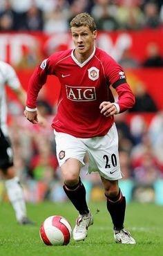 Ole Gunnar Solskjaer of Manchester United Man Utd Squad, Man Utd Fc, Manchester United Legends, Manchester United Players, British Football, Best Football Team, Football Players, Best Sports Quotes, Fifa