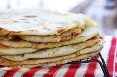 Angel's food: Placinte delicioase coapte pe lespede I Foods, Breakfast, Ethnic Recipes, Morning Coffee