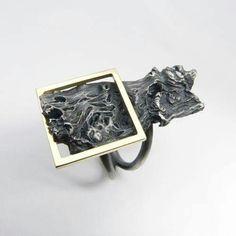Jewelry | Jewellery | ジュエリー | Bijoux | Gioielli | Joyas | Art | Arte | Création Artistique | Artisan | Precious Metals | Jewels | Settings | Textures | Anell