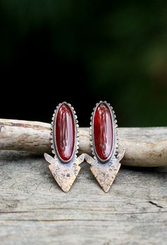 Carnelian and Brass Arrowhead Earrings. Large Arrow Earrings. Rustic Earrings. Bezel Set Stone Earrings. Red Stone Southwestern Arrow Studs