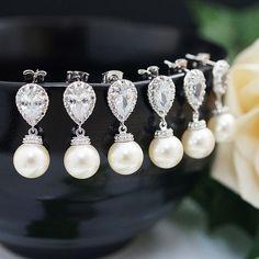 Swarovski Pearls bridesmaid earrings