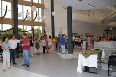 Funcionários das áreas administrativas e acadêmicas instalados no prédio administrativo tiveram uma tarde agradável e alegre.