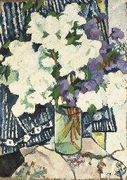 Lilacs in a vase, Natalia Goncharova goncharova