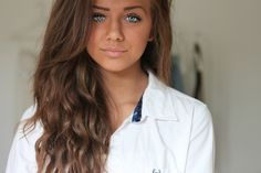 Love the lightness/dimension of this brunette. Warm but not too gold/coppery. Love it with the blue eyes.