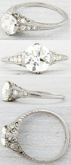vintage round shaped diamond wedding engagement rings anillos de compromiso   alianzas de boda   anillos de compromiso baratos http://amzn.to/297uk4t