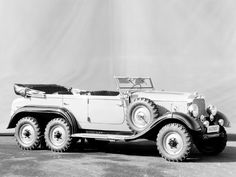 1934 Mercedes-Benz G4... off-roading in the dirty thirties.