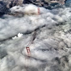 We're home! Shot of the plane over the Golden Gate Bridge #SFGChamps