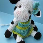 Cute Cow Crochet Pattern - via @Craftsy
