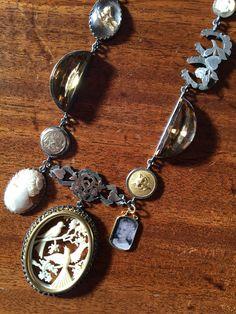 Heart Jewelry, Jewelry Art, Jewelry Design, Jewellery, Bd Fashion, Found Object Jewelry, Cocktail Attire, Find Objects, Rock Rock