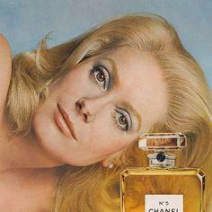 Catherine Deneuve égérie Chanel numéro 5