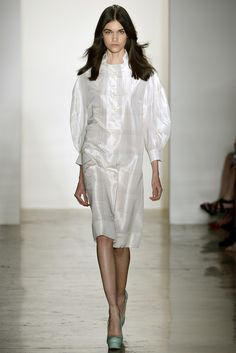 #Alexandre Herchcovitch - Spring Summer 2013 Ready-To-Wear   #Trend All White