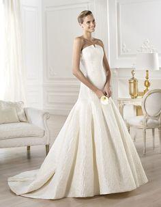 Abito sposa 2014 Pronovias modello Yenilet