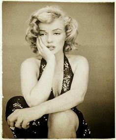 vintage everyday: Beautiful Photos of Marilyn Monroe Photographed by Richard Avedon, 1957