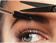 Nesse artigo vamos mostrar o passo a passo para ter sobrancelhas perfeitas.