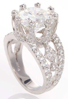 Jewelry Diamond : Gorgeous Diamond Ring by Erica Courtney