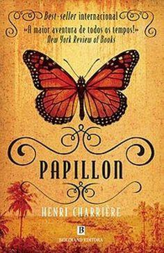 """""""Papillon""""  de Henri Charrière com mais de 700 páginas, este belo livro se encontra nas mãos do estudante Eduardo de Souza do 8º ano D"""