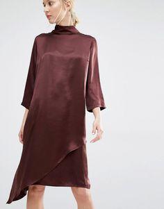 Bild 1 von Gestuz – Blaze – Hochgeschlossenes Kleid aus Seide mit Unterkleid