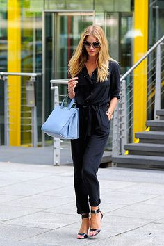 #RosieHuntingtonWhiteley rocking a  Gerard Dare jumper. Say it isn't so but I am a little obsessed.