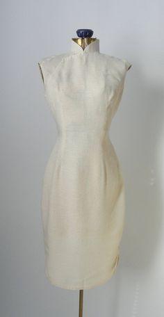 CLEARANCE SALE Vintage Cheongsam Linen Dress Chinese von SLVintage